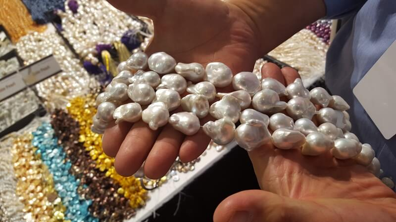Mr. Wu's distinct line of pearls is truly unique, you will find examples that will be hard to duplicate anywhere else....and all at Wholesale prices.