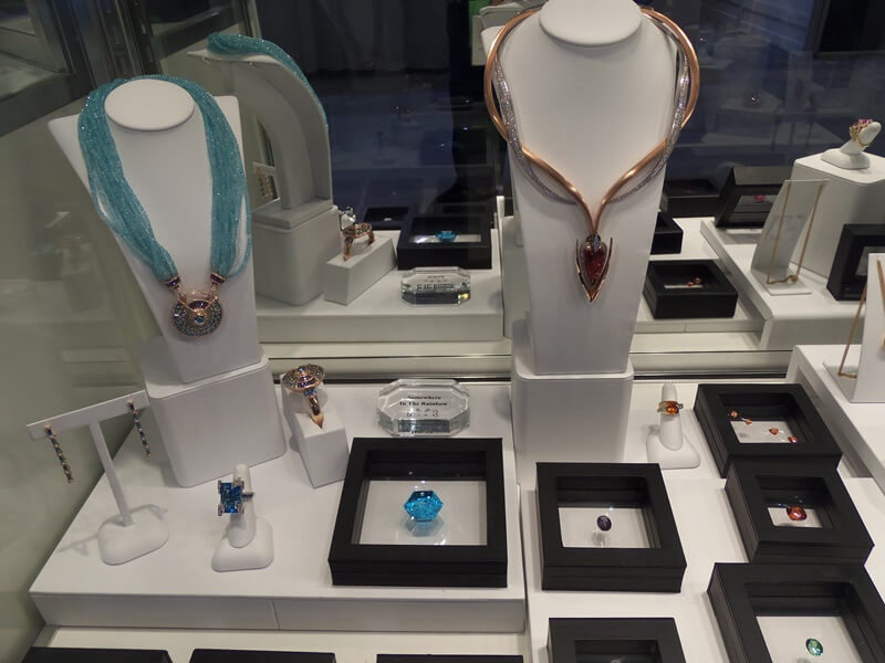 The Special Exhibits at the AGTA show are fabulous from The Cultured Pearl Associations IPDC Winners to GIA and the Somewhere In The Rainbow booth shown above.