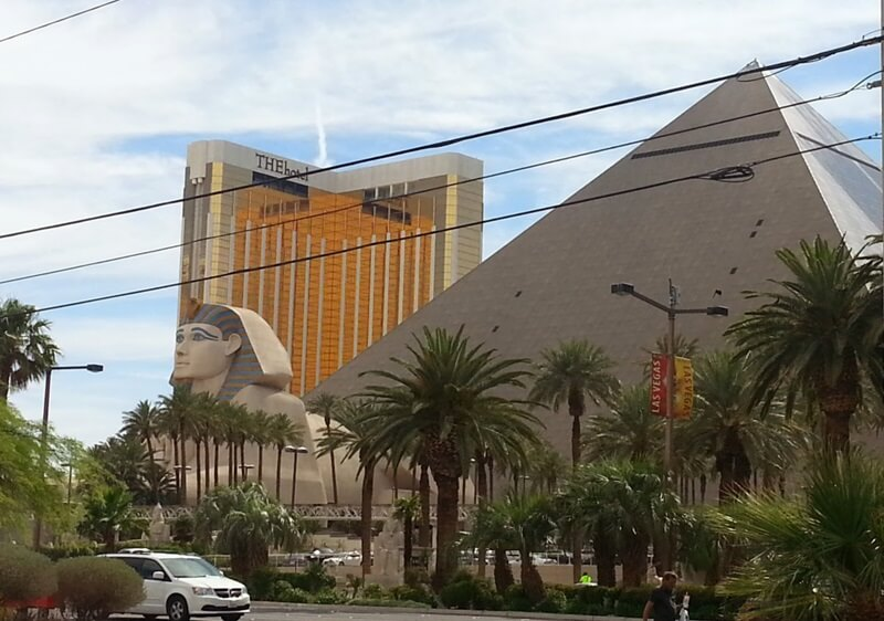 Mandalay Bay/The Hotel Complex, the golden home to LUXURY and the JCK  Las Vegas Shows