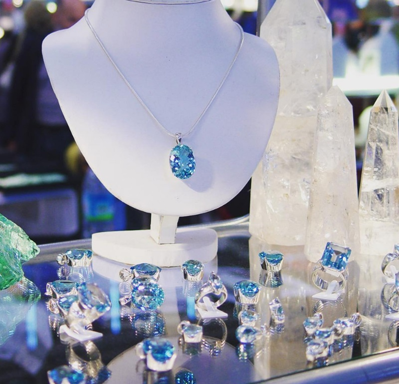 Topaz fine jewelry at the JOGS Show.