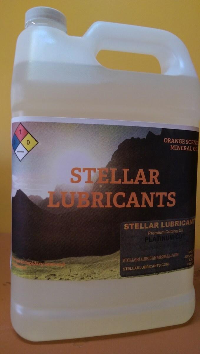 Stellar Lubricants Logo