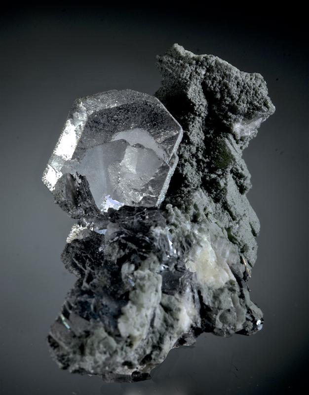 Hematite on Adularia and Quartz