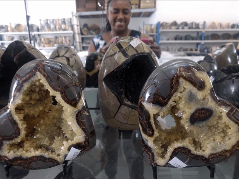 Septarian heart geodes